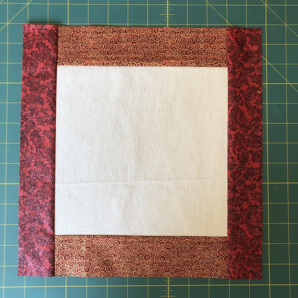 add strips 2 to the centre block for placemats for christmas