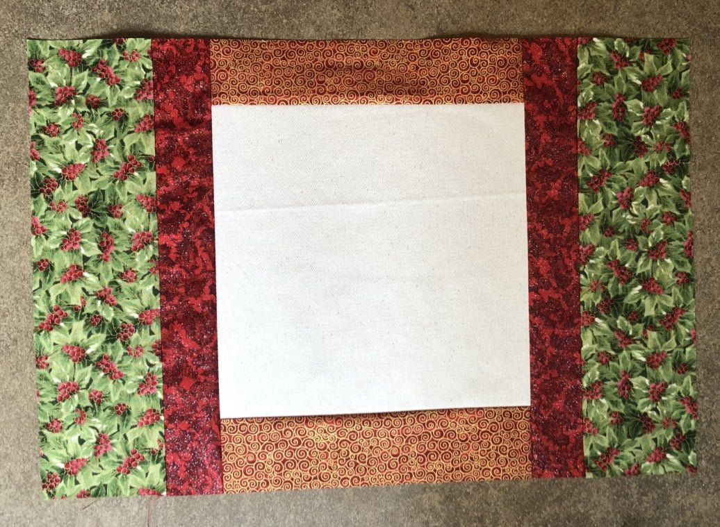 strips 3 to the placemats for christmas